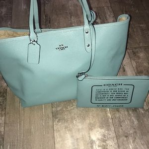 Beautiful Coach bag with small wristlet